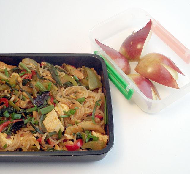 Bento No 3 Spicy Korean Flavor Noodles Under 300 Calories