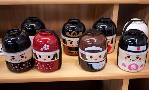 hakoya-kokeshi1.jpg