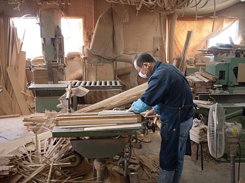 shibata-cuttingwood.jpg