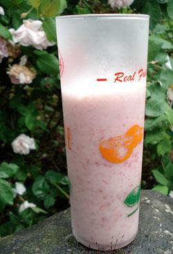 soymilkfruitsmoothie.jpg